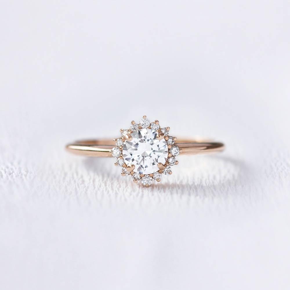 Bague de fiançailles marguerite en or et diamants | Deloison Paris
