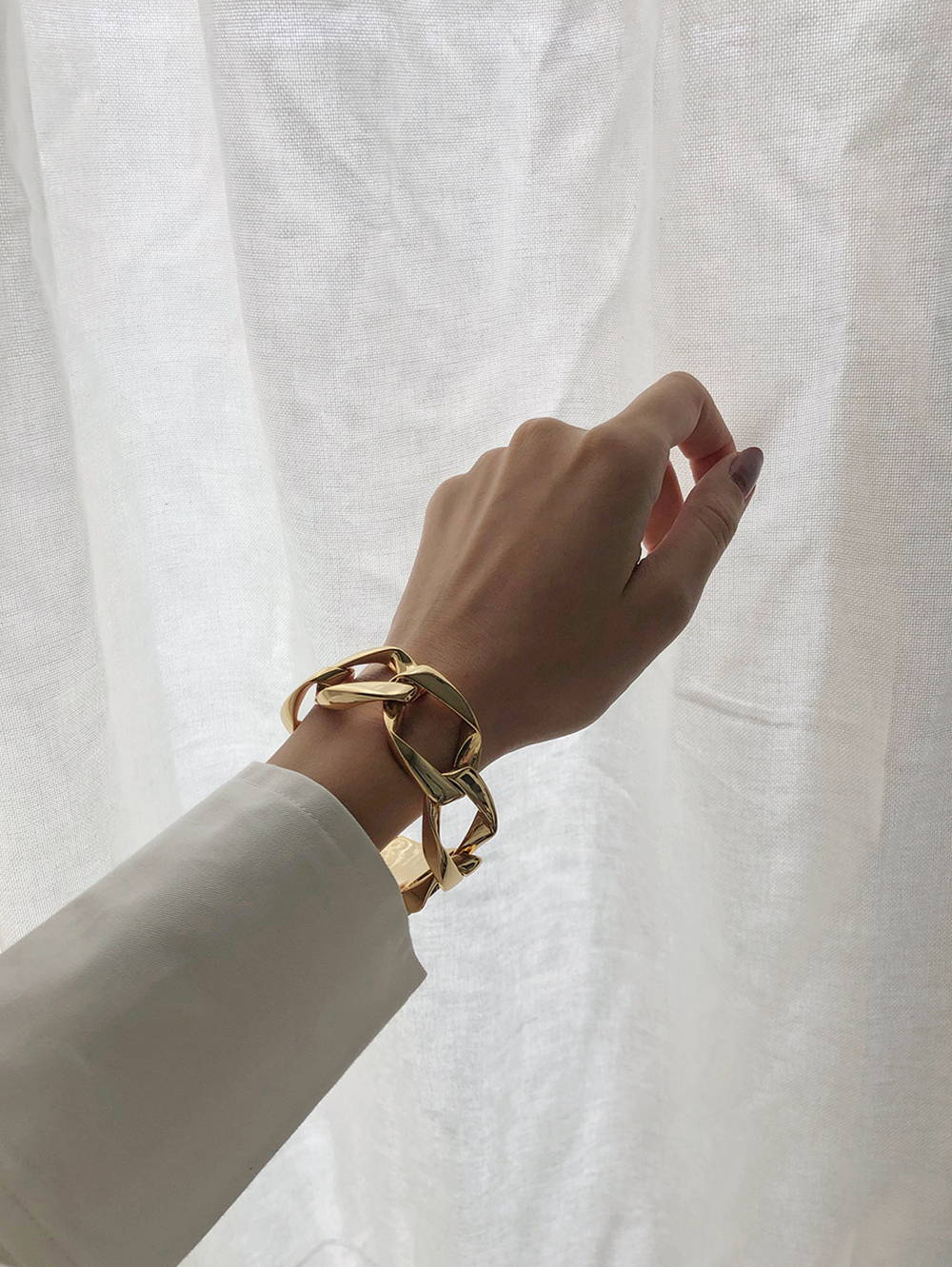 Oroton Gold Bracelet Worn By Jessica Alizza