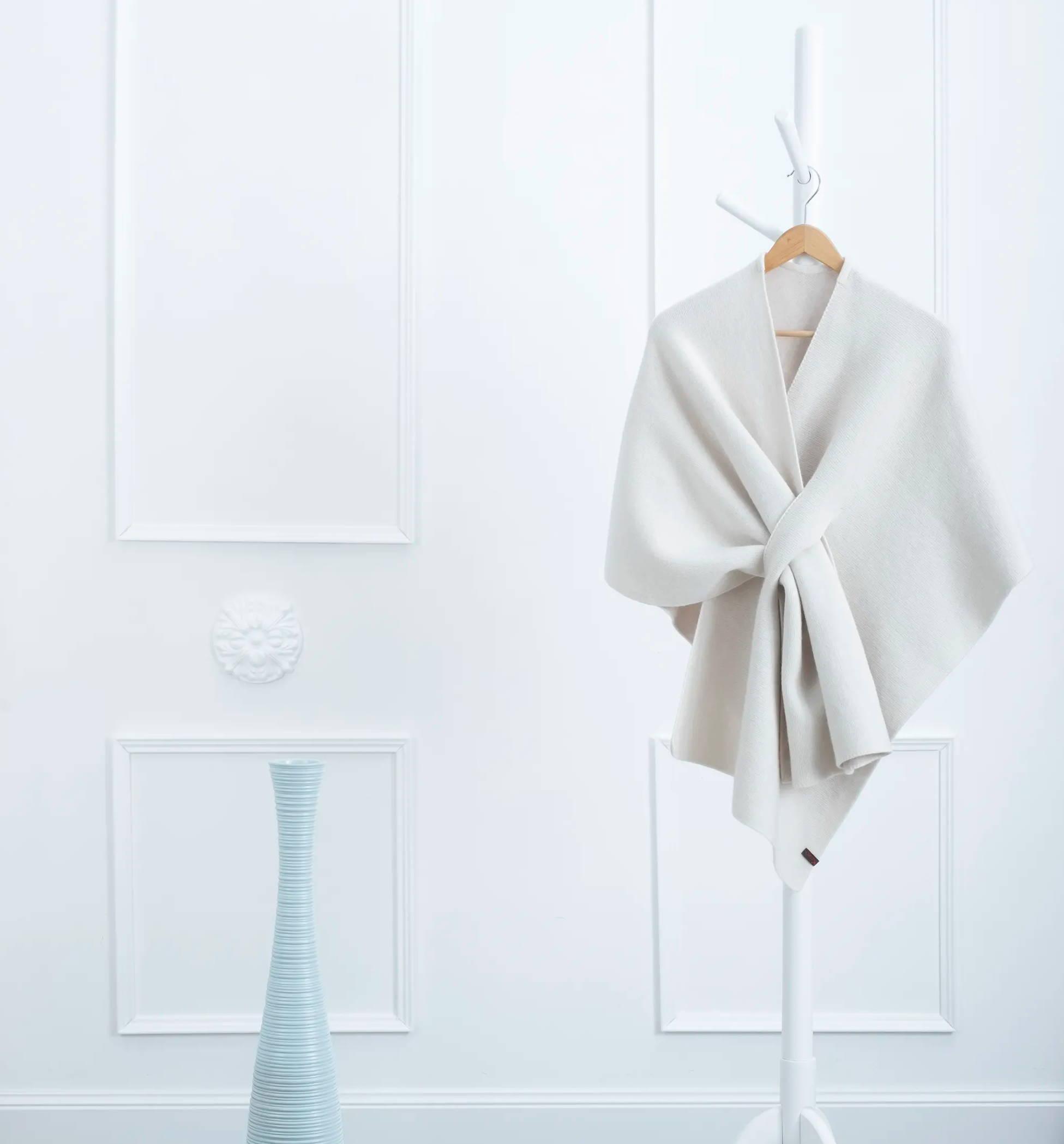 cashmere white poncho