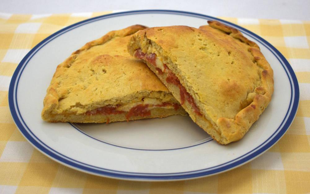 Make amazing gluten-free calzones with Bosquet Gluten-Free Pizza Crust Mix